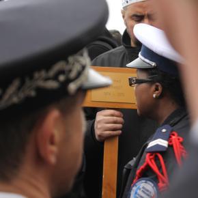 Un policía enbicicleta